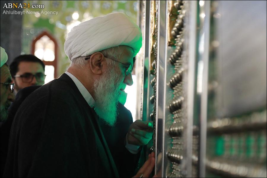 تقرير مصور/ آية الله رمضاني يزور مرقد السيدة