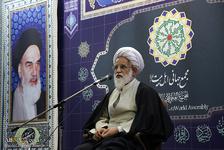 حجت الاسلام و المسلمین احمدی تبار: باید زمینههای توفیق الهی را در خود فراهم کنیم