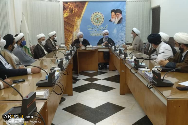 Photos: Researchers, director of Strategic Studies Group of Ahlul Bayt World Assembly meet with Ayatollah Ramazani