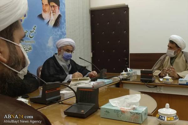 گزارش تصویری؛ نشست پژوهشگران و مدیر گروه مطالعات راهبردی مجمع جهانی اهل بیت(ع) با آیت الله رمضانی