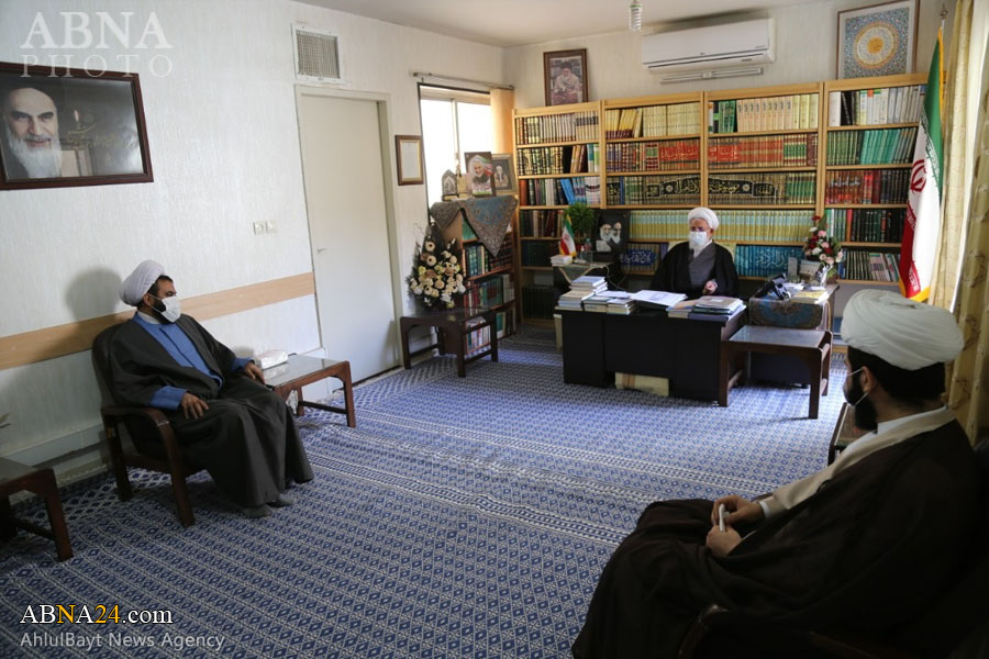 Supreme Leader Representative in Yazd accepted representatives of Intl. Conference of Abu Talib
