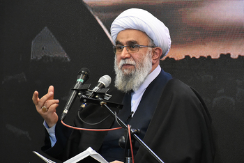 آية الله رمضاني: كان تعامل النبي الأكرم (ص) مع الناس بناء على الرحمة والمعرفة