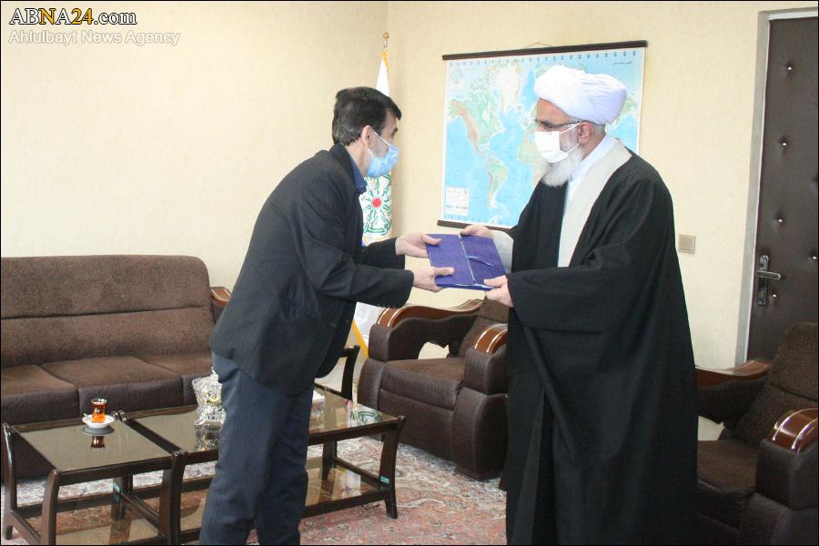 عکس خبری/ دیدار دبیرکل مجمع جهانی اهلبیت(ع) با یکی از جانبازان سرافراز