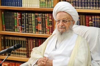 آیت الله مکارم شیرازی: برگزاری همایش برای حضرت ابوطالب(ع) خدمت به اسلام است/ فیلم مستندی در خصوص حضرت ابوطالب(ع) تهیه شود