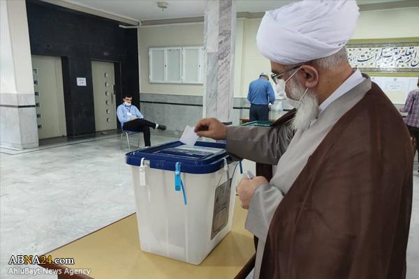 Ayatollah Ramazani cast his ballot in 2021 elections